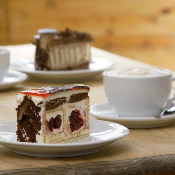 Kirschcreme-Torte